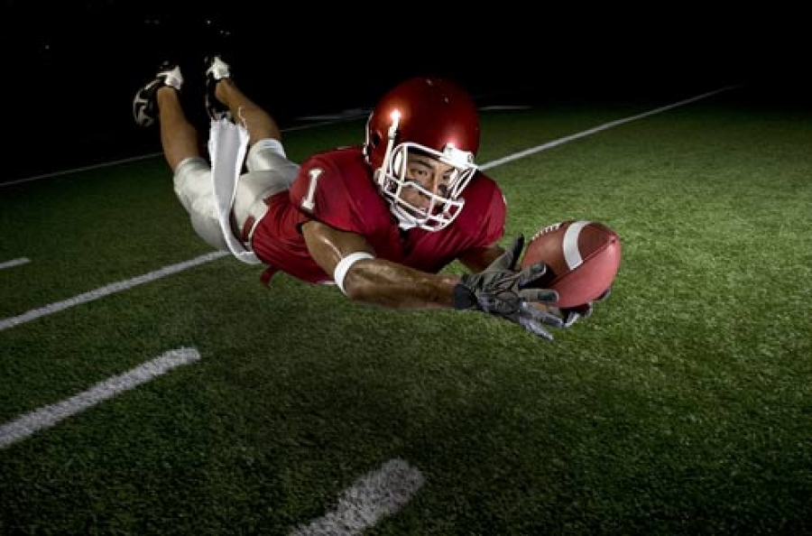 How to Train for Football Like Pro Wide Receivers: Football Wide Receiver Drills For Better Hands
