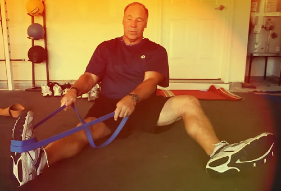 NFL Hall of Fame Football Strength and Conditioning Program: How to Train for Football With Resistance Bands (Video, Part I)
